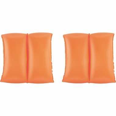 Baby oranje zwemmouwtjes opblaasbaar speelgoed