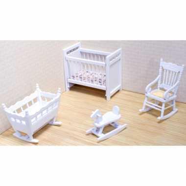Baby  Victoriaans poppenhuis kinderkamer meubels speelgoed